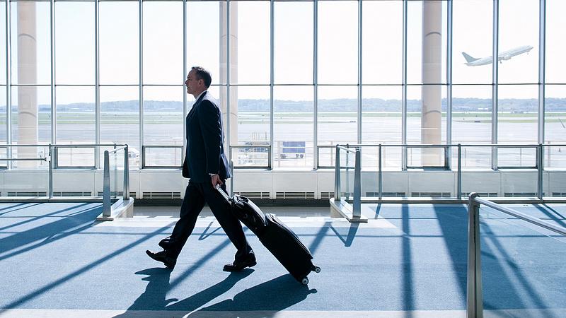 A kormány feltámasztja a börgöndi repülőteret