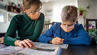 Tesztekkel segíti az iskolanyitást a főváros