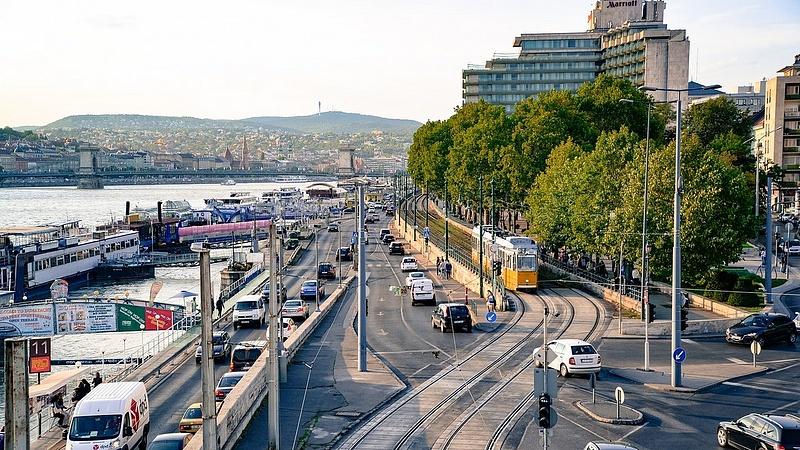 BKK: szerdától ritkábban járnak a buszok, a villamosok és a metró