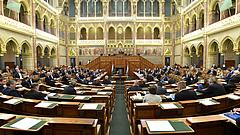 Módosítja a kormány a CEU-t elüldöző törvényt