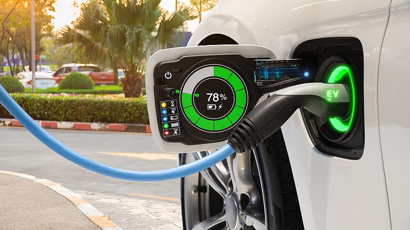 Gyorsan tölthető akkumulátort fejlesztenek Izraelben