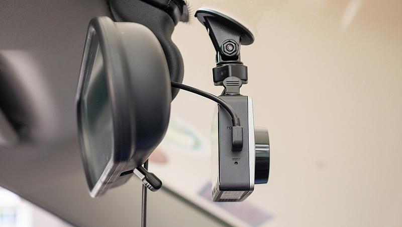 Betört az orosz népsport, kamerákkal védekeznek a magyar autósok a csalók ellen