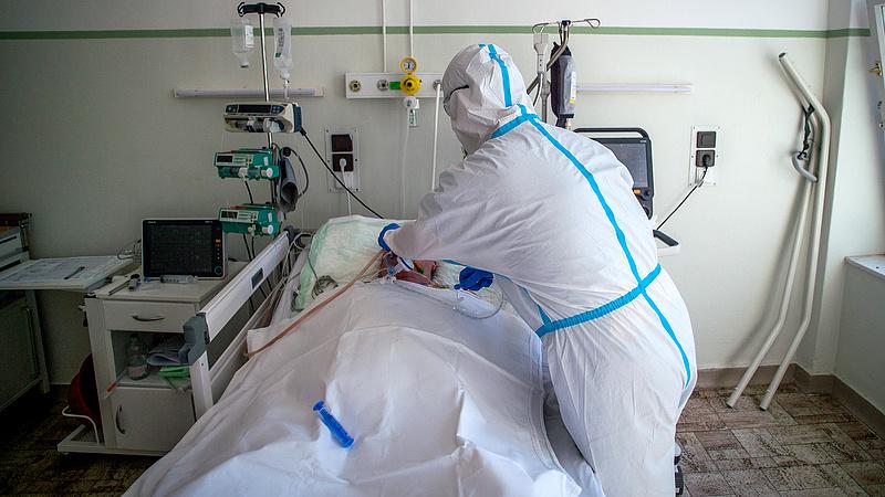 Most a palesztinok kaptak a fölösleges lélegeztető gépekből