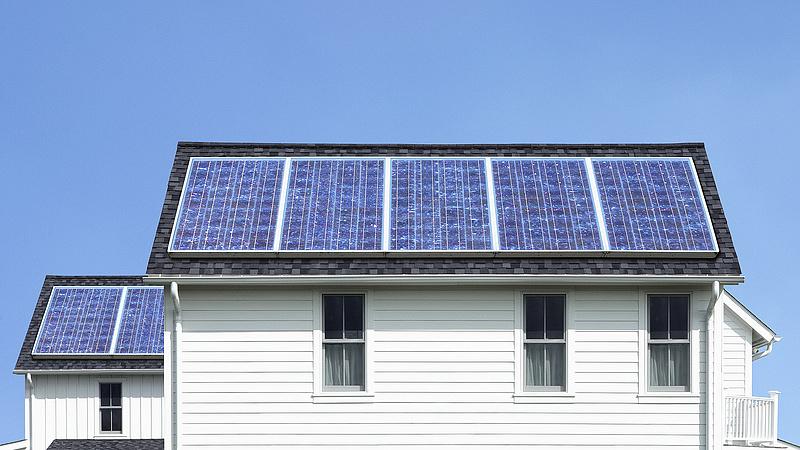 Újra jön az ingyenpénz - már napelemre is