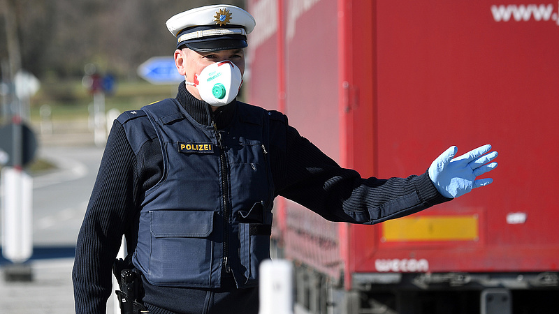Péntektől változik az Ausztriába tartó teherforgalom útvonala