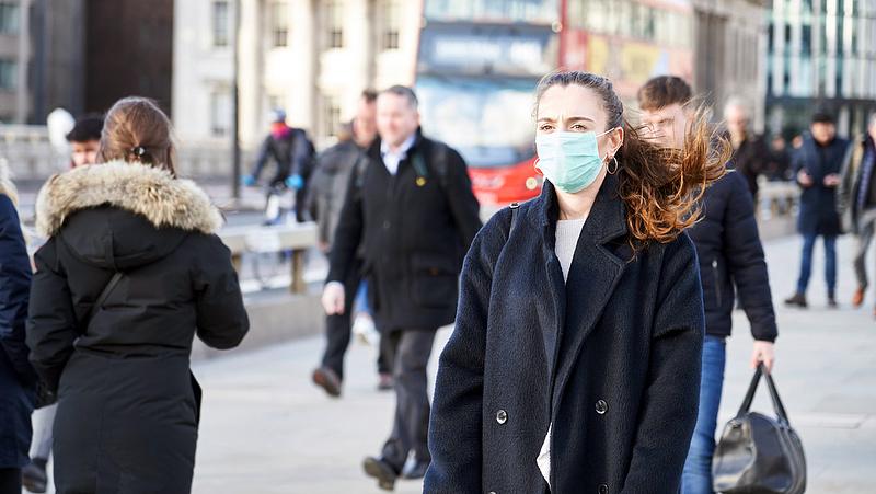 Koronavírus: a britek túljutottak a tetőzésen