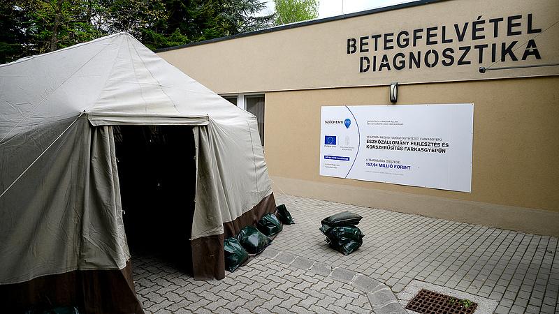 Koronavírus: már katonák is hőmérőznek a magyar kórházakban