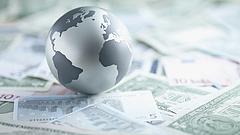 Von der Leyen: 7,4 milliárd euró gyűlt össze a vírus elleni küzdelemre