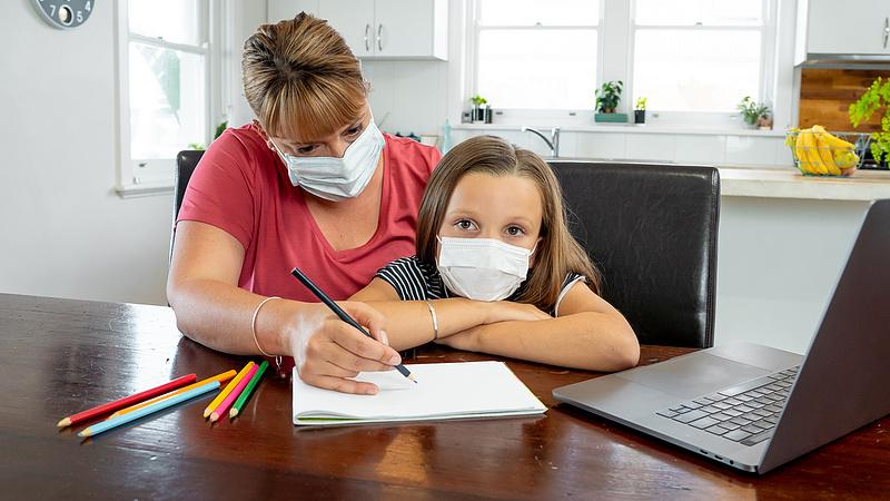 Unicef: sok helyen oktatási vészhelyzetet okozott a járvány