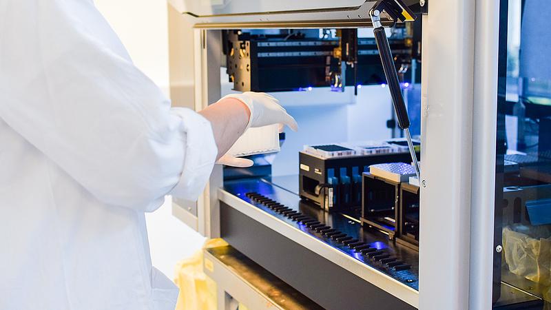 Az EU milliárdokat ad járvány-kutatásokra