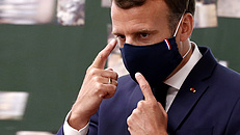 Emmanuel Macron is koronavírusos lett
