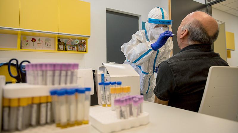 Merkely: a járvány második hulláma is enyhe lehet