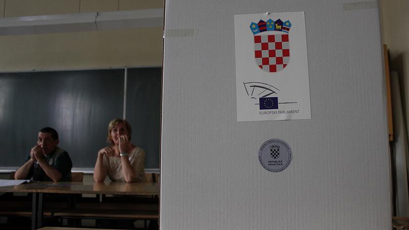 Horvátországi választások: a győztes HDZ megkapja a támogatást a parlamenti többséghez