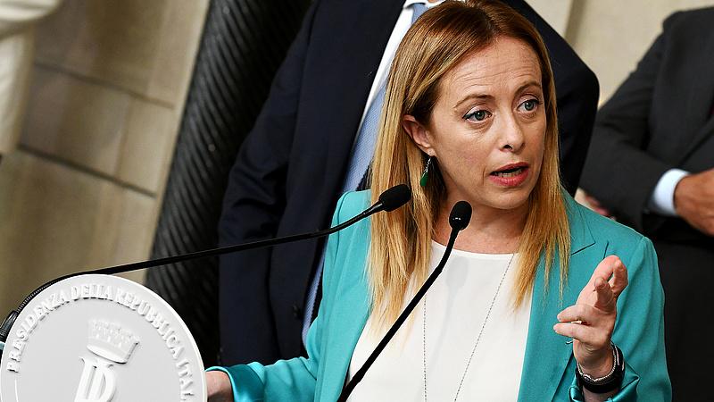 Újabb veszély fenyegeti az olasz jobboldali vezér pozícióját