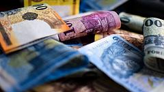 Hozamcsökkenéssel vitték az államadósságot