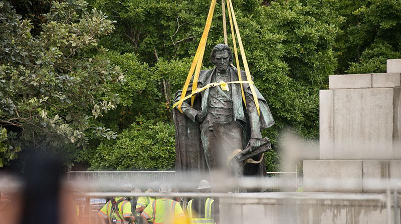 Szigorúan lesújtana Trump a szoborrongálókra - meg azokra, akik nem tudják megakadályozni