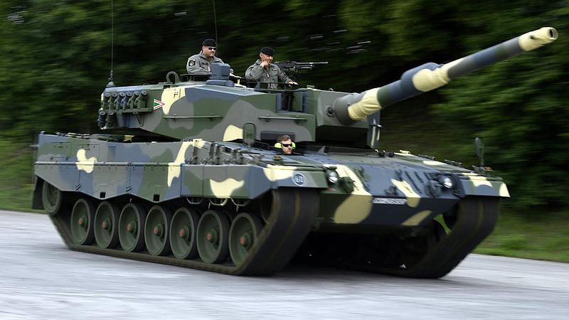 Kihagyni nem tudta, inkább felvásárolta az állam a magyar fegyveres céget