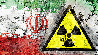 Teherán atommal ünnepel, szembemegy a nemzetközi tilalommal