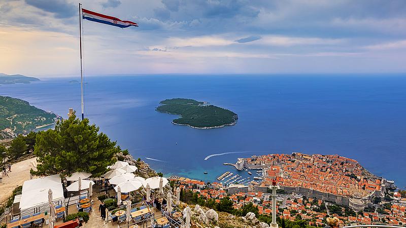 Nagyvonalú lépésre készülnek a horvátok a turistákkal szemben