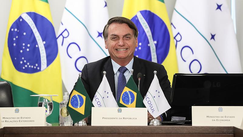 A koronavírus-tagadó brazil elnök is elkapta a fertőzést