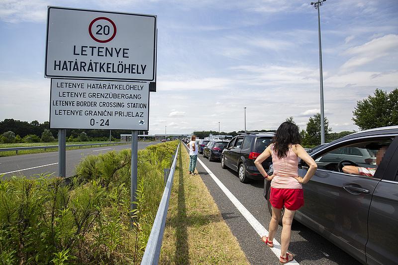 Hosszú varakozásra kell készülni a határokon