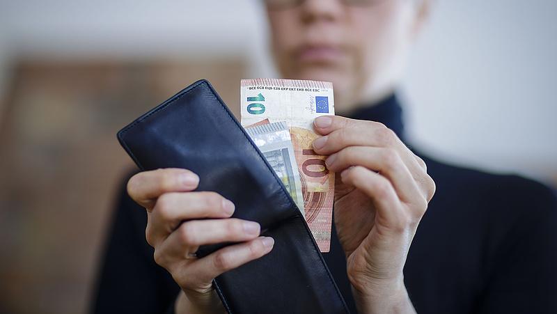 Rendszeres nyugdíjat fizet Németország 6 500 holokauszt-túlélőnek