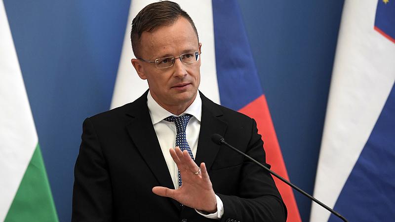 Szijjártó: drámai következményekkel jár, ha a magyar gazdaságot még egyszer le kell állítani