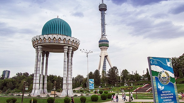 Szijjártó: szombattól Üzbegisztánba is szabadon lehet utazni