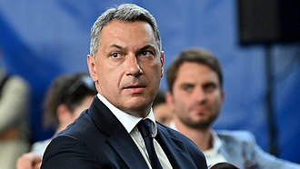 Vita a Fideszben a boltláncok  áruházak elleni fellépésről?