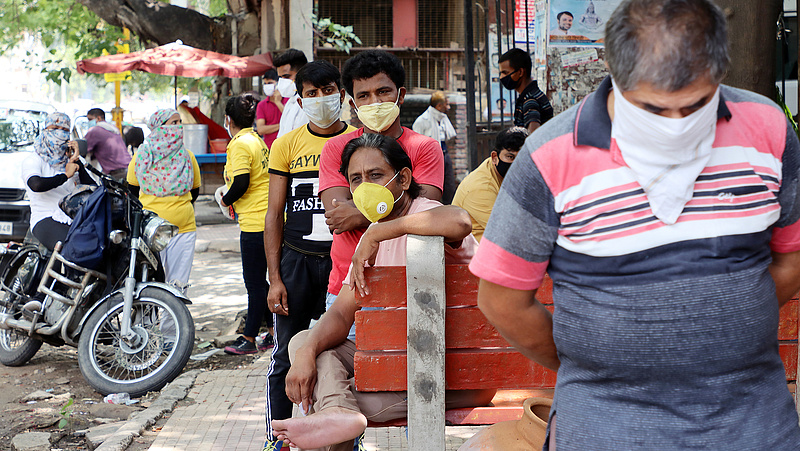 Megérkezett Európába az indiai vírusváltozat, ami ott újraindította a járványt