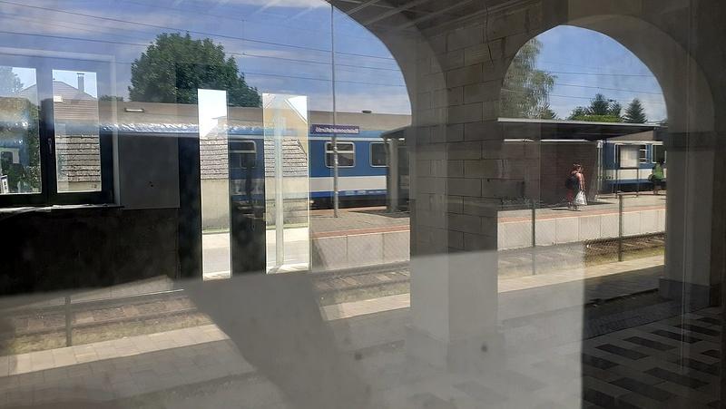 Dugó helyett a vasutat választotta kétmillió magyar