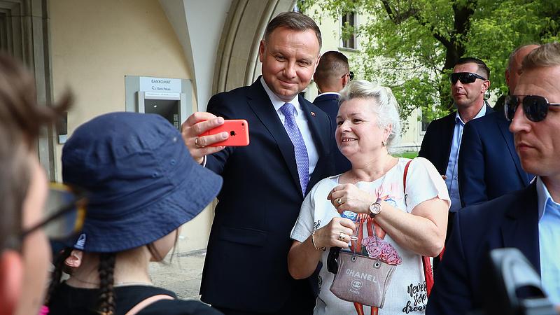 A lengyel elnök is koronavírusos lett