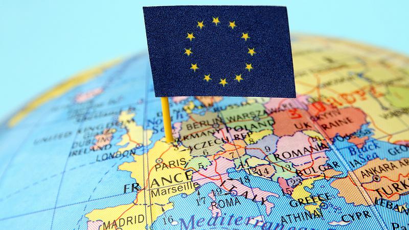 Jövő év végére működésbe léphet az európai uniós utasregisztrációs rendszer