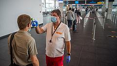 Megjelent a kormány új határozata a koronavírusos betegek kontaktjairól