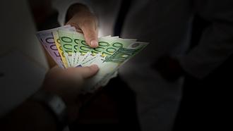 Pénz vehetnek el Magyarországtól?