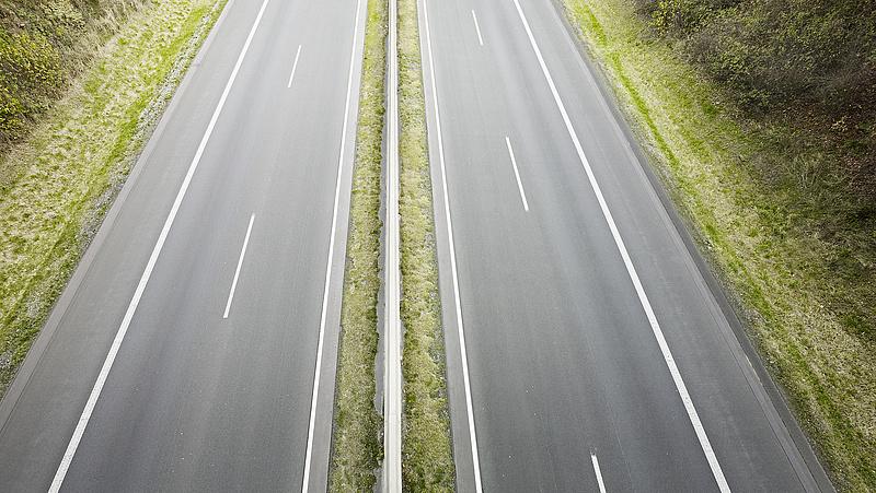 Karácsony: a Fidesz el akarja lopni az autópályákat