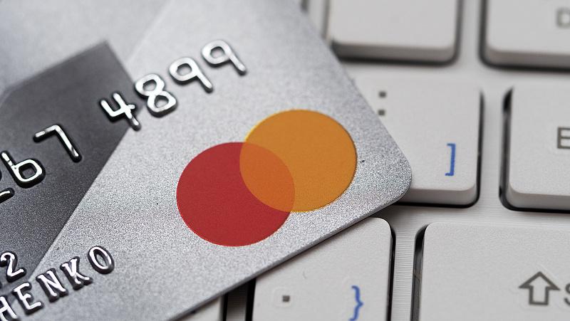 Nagy csapás érte a Mastercardot az egyik legnépesebb piacán