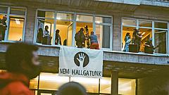 Így oldja meg a blokádot az új vezetés: elköltöznek, és személyesen megszólítják a diákokat