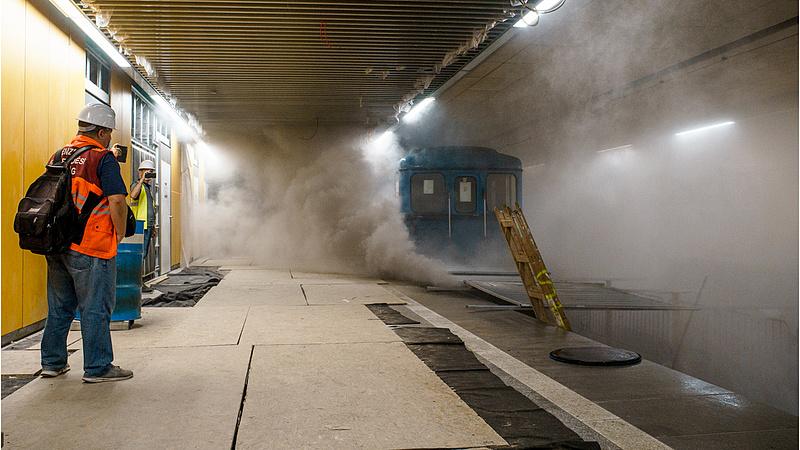 Ne ijedjen meg, ha ismét füstöl a hármas metró!