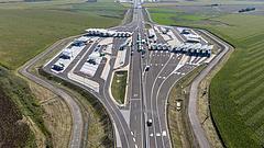 Új autópálya-határátkelőt adtak át a magyar-román határnál