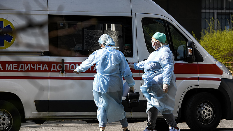 Ukrajnában újra zárlat jön, meghalt az első delta-variánssal fertőzött beteg