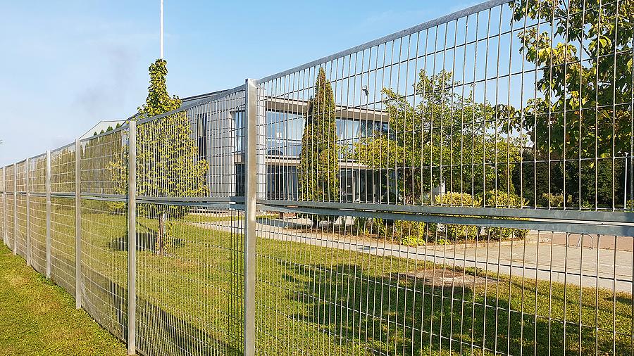 A korábbi GE, majd ABB-gyár helyére mára beköltözött a Wellis.