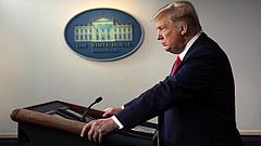 Trump olyan gyógyszert kap, aminél a kezeltek negyede belehalt a Covid-19-be