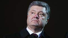 Súlyos tünetekkel került kórházba Petro Porosenko a koronavírus miatt