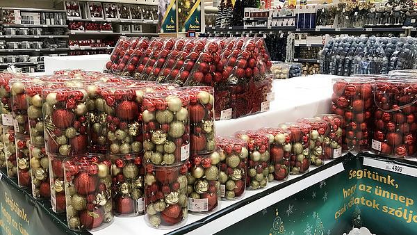 Ébresztőt fújnak karácsony előtt az áruházak: a bosszú ünnepe közeleg