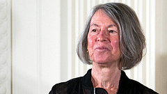 Magyar felmenőkkel is rendelkező amerikai költő kapta az irodalmi Nobel-díjat
