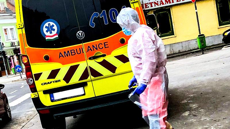Mobil koronavírus-tesztállomást nyitottak Csepelen
