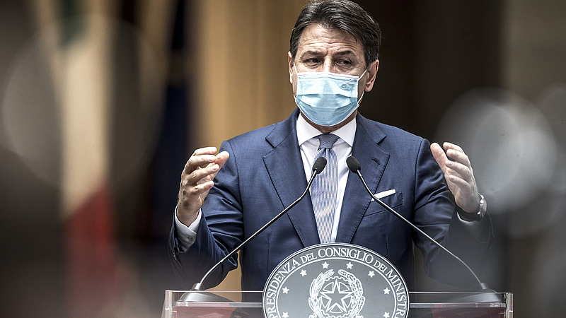 Koronavírus: Olaszország szigorításokkal próbál előremenekülni