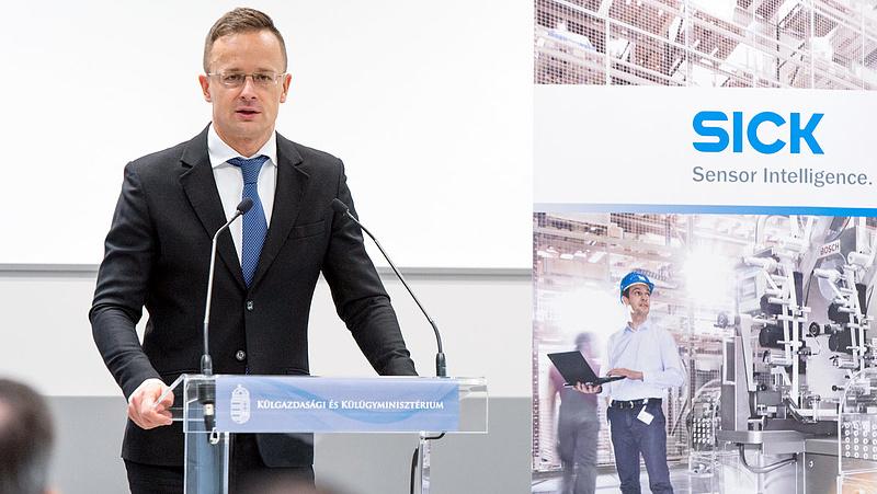 Szijjártó: Magyarország az új globális verseny nyertesei közé fog tartozni