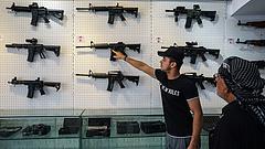 Az amerikaiak egy része fegyverkezésbe kezdett a választás előtt
